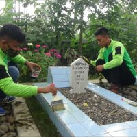 Manfaatkan Momentum Hari Pahlawan, Dompet Dhuafa Gelar Aksi BIS di Makam Pahlawan
