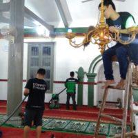 Dompet Dhuafa gelar Bersih-bersih masjid bersejarah menyambut ramadhan 1440 H